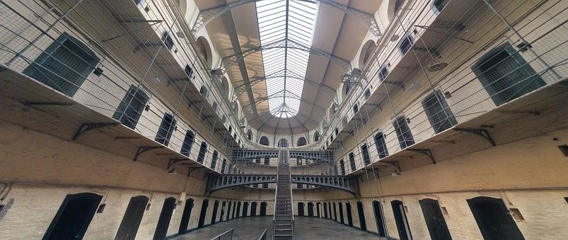 jail-1817900__340