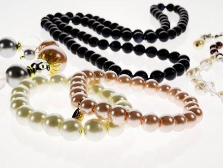 jewellery-1638982__340